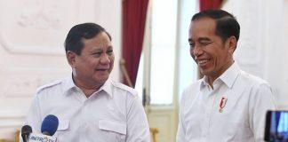 Presiden Joko Widodo dan Prabowo Subianto bertemu di Istana Merdeka, Jakarta, Jumat 11 Oktober 2019.