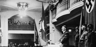 Adolf Hitler Lolos Dari Upaya Pembunuhan.