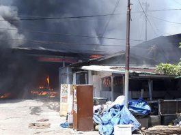 Pasar Beras Bendul Merisi Kebakaran