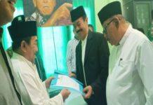 Fatah Yasin Didampingi Imam Utomo Daftar Bacabup Sumenep 2020.