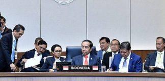 Presiden Jokowi dalam pada sesi pertemuan KTT Peringatan 30 Tahun Kerja Sama Kemitraan Asean-Republik Korea, Busan.