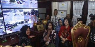 Fraksi PDIP DKI ke Surabaya, Sinyal Risma Ikut Pilkada DKI.