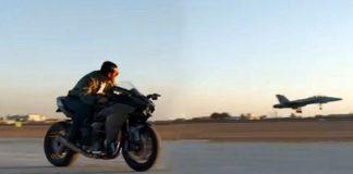 Tom Cruise untuk balapan dengan jet tempur di lintasan udara.