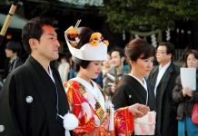 Banyak Warga Jepang Enggan Menikah.