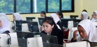 Ilustrasi Suasana Ujian Nasional.