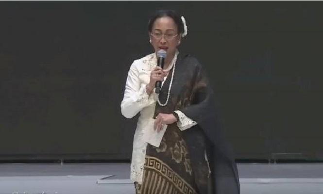 Sukmawati Soekarnoputri.