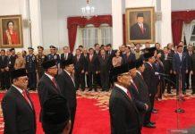Presiden Jokowi Lantik Sembilan Wantimpres di Istana Negara.