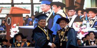 Jusuf Kalla Terima Gelar Doktor Kehormatan dari ITB.