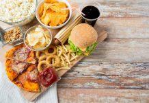 Ilustrasi Makanan dan Minuman Pemicu Kanker.