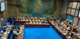 Komisi VII DPR RI menggelar rapat dengar pendapat (RDP) denganPT Pertamina.