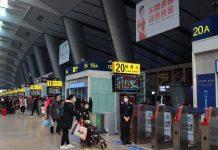 DPR meminta pemerintah segera mengevakuasi warga negara Indonesia (WNI) di Wuhan, China.