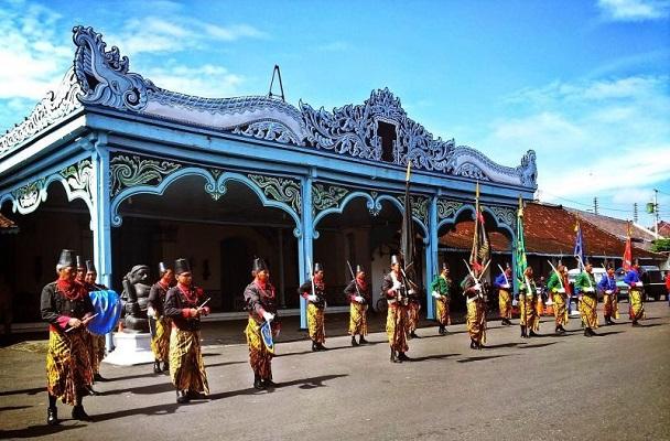 Ilustrasi Daftar Keraton Asli Indonesia dan Serta Sejarahnya.