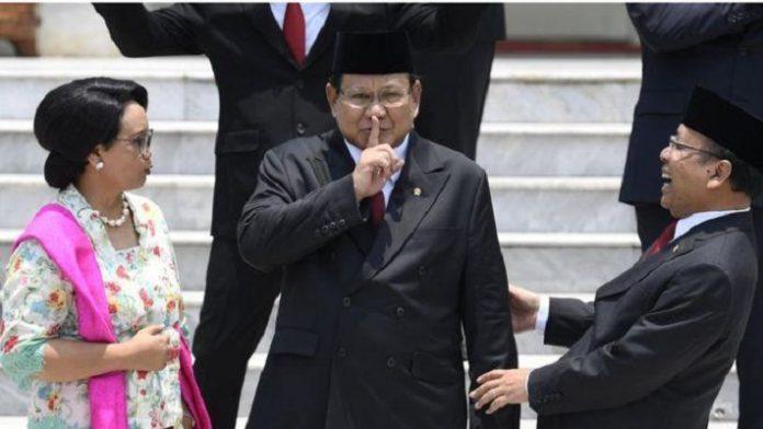 Hasil Survei, Prabowo Subianto Menteri Berkinerja Paling Bagus.