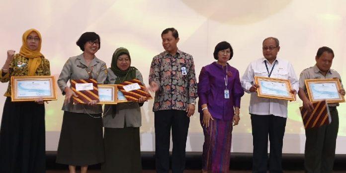 Raih Penghargaan KPA Terbaik, Ditjen PKH Terima Kartu Santri.