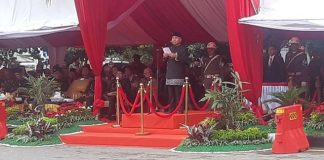 GubernurKalimantan Timur, Isran Noor hadir menyampaikan pidato pada acara yang bertema Balikpapan Nyaman Penyangga Ibu Kota Negara.