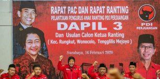 Tri Rismaharinimengajak anak-anak muda di Kota Surabaya, Jawa Timur bergabung dengan PDIP.
