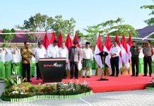 Jokowi Tinjau dan Resmikan Rehabilitasi Madrasah di Pekanbaru.