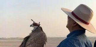 Menhan Prabowo Lepas Burung Elang di Gurun Pasir UEA.