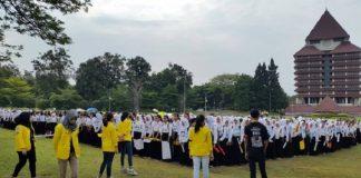 Ospek Mahasiswa Baru Universitas Indonesia.