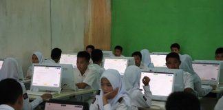 peserta ujian nasional berbasis komputer (UNBK).