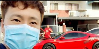 Restoran di Malaysia Kirim Makanan Pakai Ferrari F430.