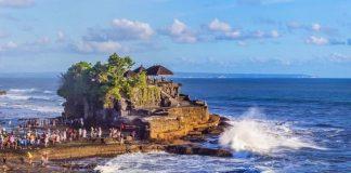 Gubernur Bali Tolak Buka Kembali Pariwisata.