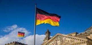 Jerman Ragukan Tuduhan Amerika COVID-19 Berasal dari Lab China.