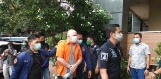 Buronan FBI Russ Medlin Ditangkap Polisi di Jakarta.