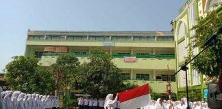 Pondok Pesantren Ta'mirul Islam di Kota Solo.
