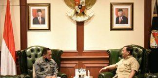 Menhan Prabowo Bertemu Kepala Bakamla Bahas Strategi Keamanan.