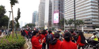 Foto: Massa mahasiswa di depan kantor Kemendikbud