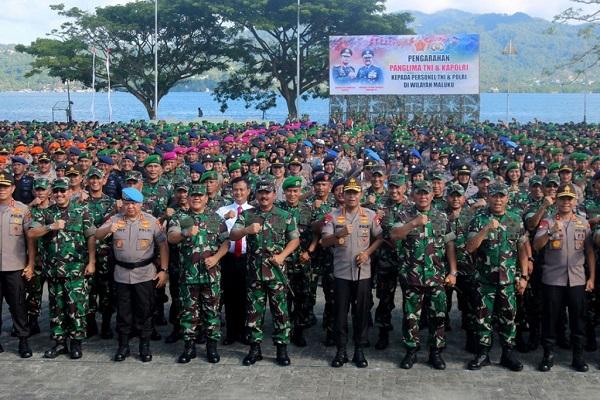 TNI-Polri Pastikan Terapkan Standar Protokol Kesehatan di Tempat Wisata.