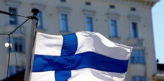 Foto: Bendera Finlandia