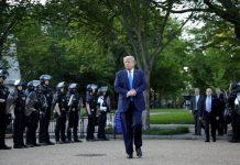 Perayaan 4 Juli Presiden Trump Berubah Jadi Kekacauan.