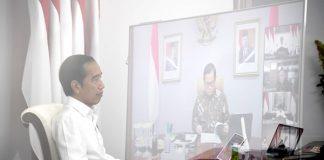 Presiden Jokowi saat memberikan arahan kepada Komite Penanganan Covid-19 dan Pemulihan Ekonomi Nasional melalui rapat terbatas yang digelar melalui konferensi video dari Istana Merdeka, Jakarta, pada Senin, 27 Juli 2020.