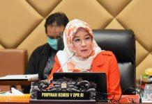 Wakil Ketua Komisi V DPR RI Nurhayati Monoarfa