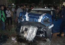 Viral, Mini Cooper Tabrak Pagar Kejagung Mobil Ringsek Parah.