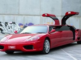 Ferrari Dimodifikasi Jadi Limosine.
