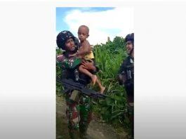 Viral, Balita Papua Menangis Tak Mau Ditinggal Prajurit Kostrad di Perbatasan.