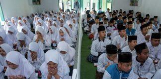 Ribuan Pondok Pesantren Telah Terima Bantuan Operasional Tahap Pertama.