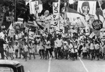 PKI Deklarasikan Republik Soviet Indonesia.