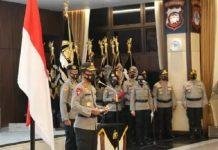 Kapolri JenderalIdham Azismemimpin upacara Korps Raport terhadap 25 pejabat tinggi (pati).