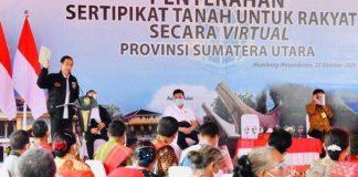 Presiden Jokowi Serahkan 22.007 Sertifikat Hak Atas Tanah di Humbang Hasundutan.