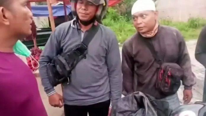 Viral, Video Debt Collector Apes Tarik Motor di Jalanan Ternyata TNI.