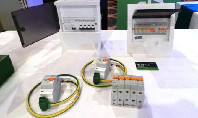 MCB Listrik Schneider Electric.