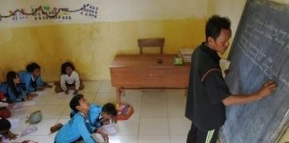 Berikut Daftar Guru Hingga Ustadz Calon Penerima BLT Subsidi Gaji.