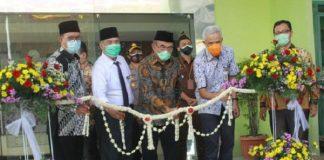 Menkes dan Menko PMK Resmikan Gedung Isolasi Pasien Corona di Gombong.