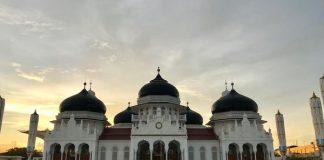 Masjid Raya Baiturrahman di Provinsi Aceh.