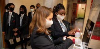 Kasus Keracunan Hand Sanitizer di Inggris Meningkat.